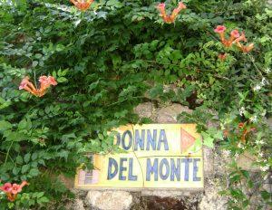Wegweiser zur Madonna del Monte